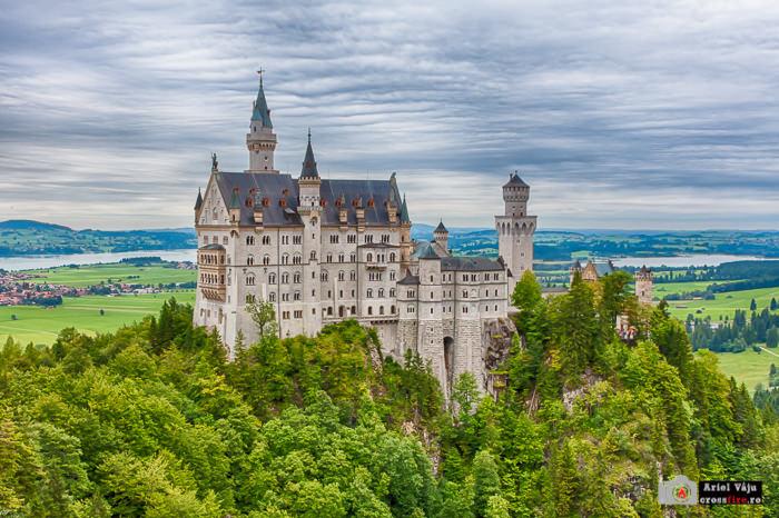 crossfire.ro-export_700px_Neuschwanstein_castle_Germany_2013001
