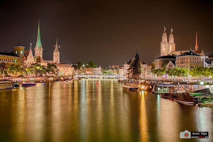Zurich/Elveția, parte din centrul vechi, noaptea